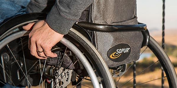 Можно ли выписать инвалида из квартиры с временной пропиской