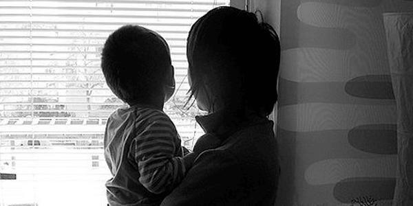 Можно ли выселить мать с ребенком из квартиры
